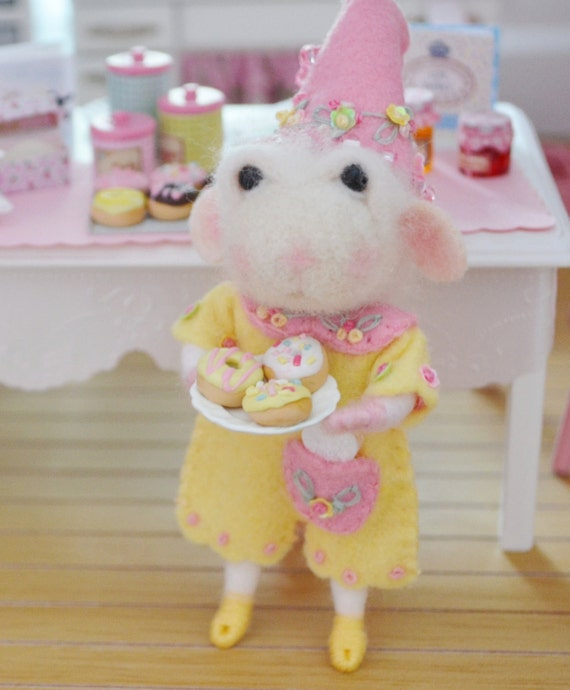 Sweet Petite Cherish a Needle Felted Mouse
