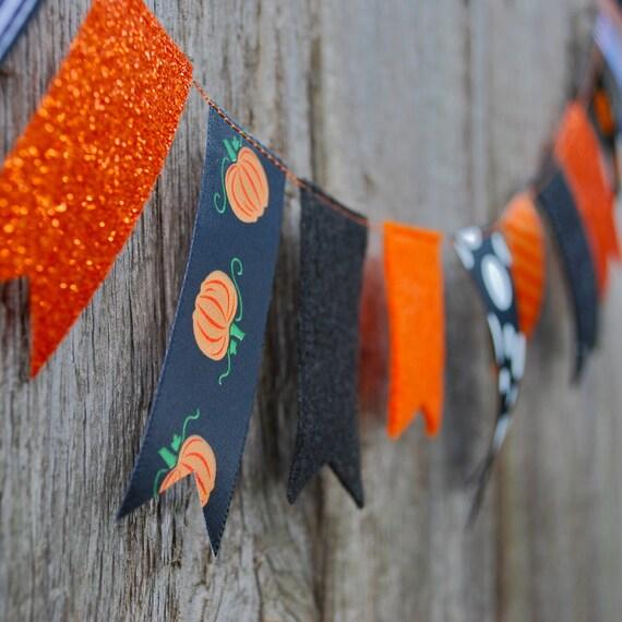 Halloween Garland Felt and Ribbon - 3 ft, Pumpkins, Black and Orange, Glitter, Polka Dots