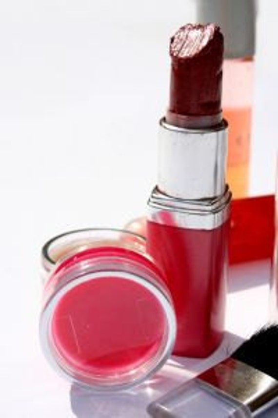 How To Make Your Own Lip Gloss and Lip Balm Recipes