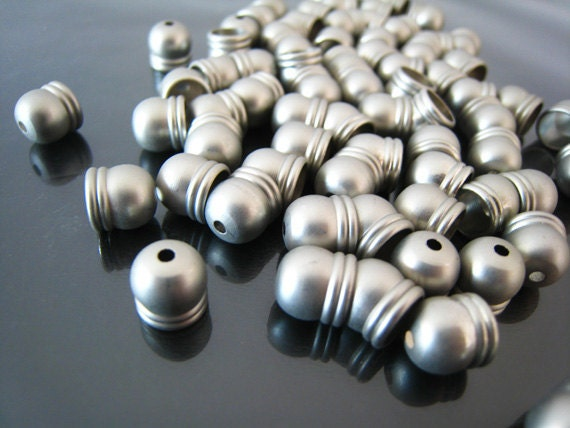 Finding - 72 pcs Silver Mat Finish Round Tone Cord End Buckle Cap  for Leathers 8.5mm x 8mm ( inside 6mm Diameter )