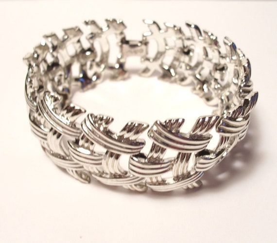 Vintage Signed Coro Deco Silver Woven Link Bracelet 1950s