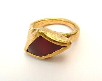 Cornelian/Carnelian 22k gold ring.