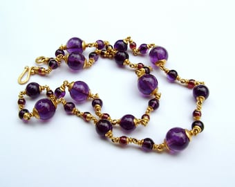 22k gold Amethyst garnet necklace...