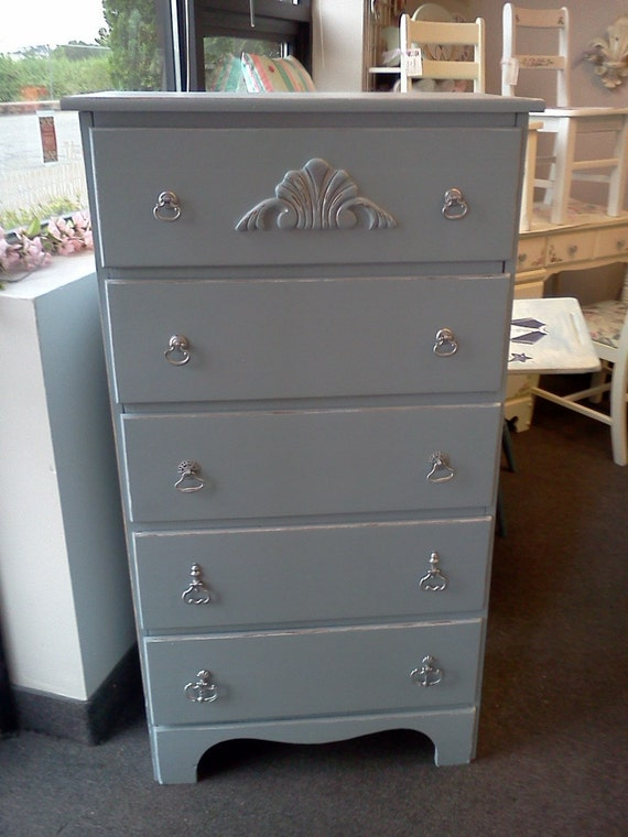 Vintage Painted Distressed 5 drawer Chest Shabby Chic
