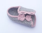 Crochet PATTERN Baby SHOES Button up Baby Peeptoe Sandals - INSTANT Download