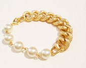 COCO bfrend Bracelet- Gold Chunky Chain with Large Pearls