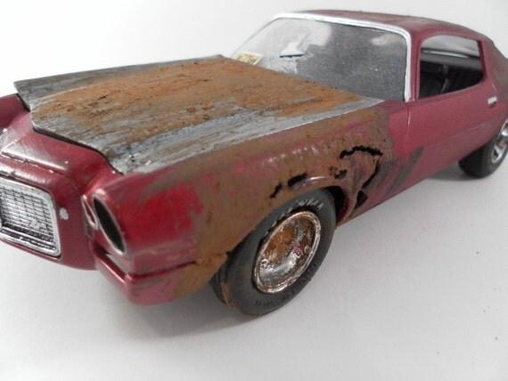 1970 Chevrolet Camaro 1/24 scale model car in red