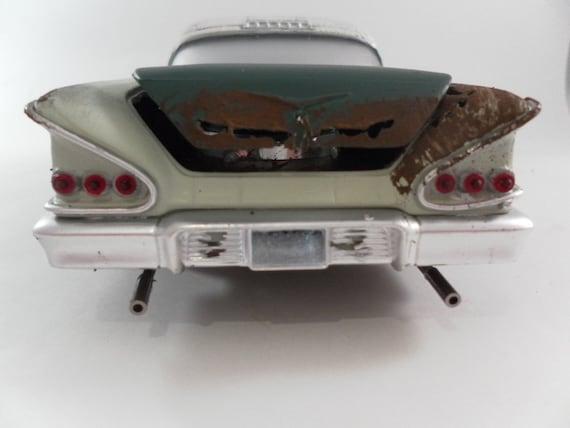 1958 Chevrolet Impala 1/24 scale model car in green