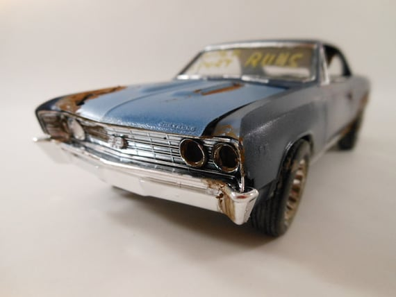 1966 Chevrolet Malibu 1/24 scale model car in blue