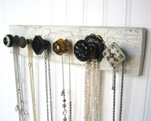 Accessories Rack for Organizing Necklaces
