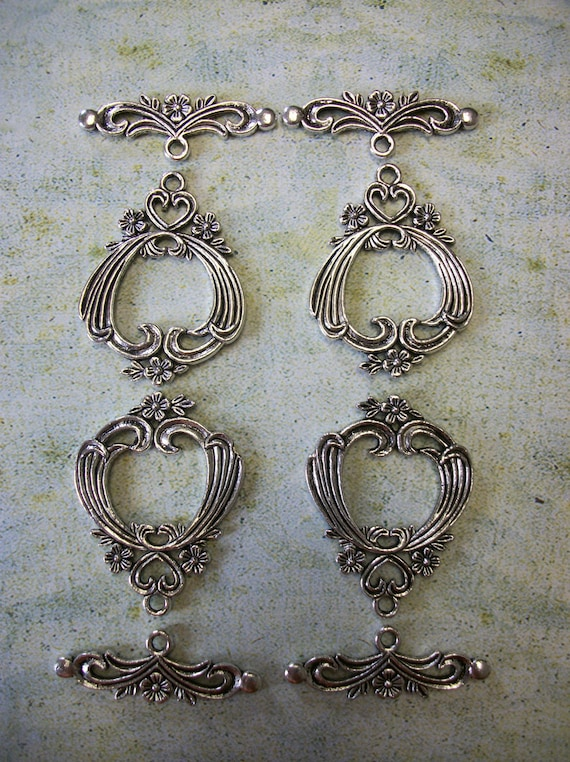 Set of 4 Gorgeous Tibetan Silver Toggle Clasps
