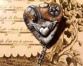 pendant - steampunk rusty heart -