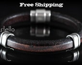 Men Leather Bracelets - Brown, Black, Green, Thick leather bracelet, Personalized color -  Magnetic clasp - Genuine leather - Man - Jewelry