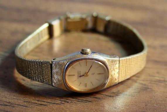 Vintage Ladies Citizen Quartz Watch Gold Tone