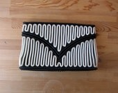 Telephone cord purse // 50s coil bag // black and white clutch