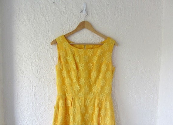 Yellow prom dress . 60s bridesmaid dress . long sleeveless dress