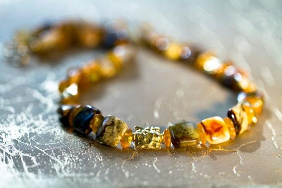 Jasper & Amber Golden Necklace / sunny / tiles / yellow / stones / warm tones / spring