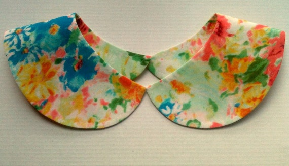 Bright Summer Floral Print Detachable Handmade Collar Necklace / Peter Pan Col / Collier / On Trend / Must Have Accessory Col Claudine