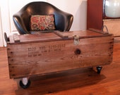 INDUSTRIAL FURNITURE /// WOOD Box // Wooden Crate // Coffee Table  /// Bench /// Upcycled Vintage Table /// Rustic  /// Furniture