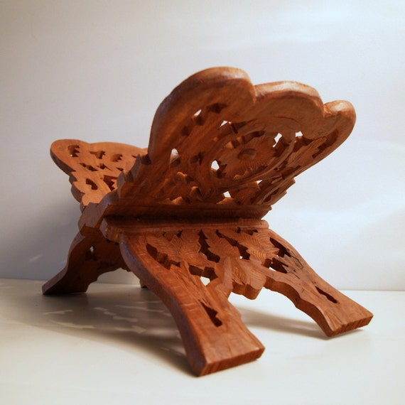 MOROCCAN BIBLE STAND Vintage Book Stand Hand Carved Wood Antique Pattern wonderful Library Piece