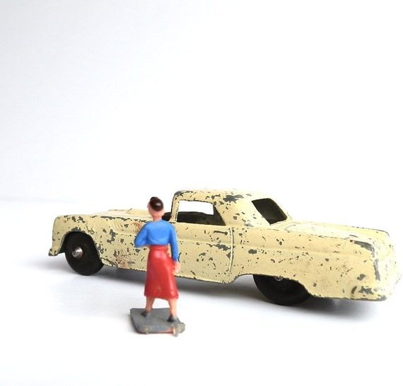 Vintage Toy Car Tootsie Toy Ford Thunderbird Diecast Metal Classic Car Collectible