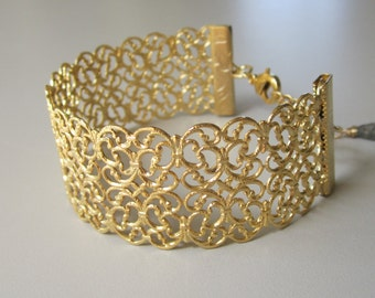 Filigree bracelet, Bridal bracelet, cuff bracelet,  Lace Cuff Bracelet Gold  bracelet, Bridal jewelry, Bridesmaid gift