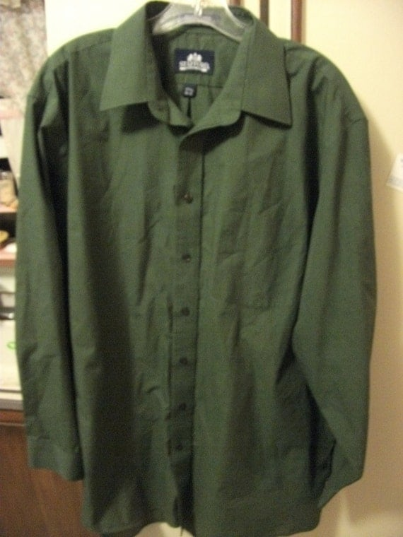 "Vintage Men's 1980s Green Dress Shirt size 17 1/2"" & 34"" sleeves ONLY 5 USD"