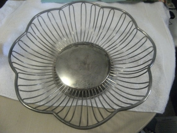 Sale 20% Off Vintage Wire Bread Basket from International Silver Scalloped Edges Now Only 4 USD