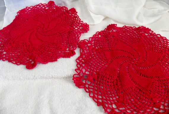 Set of Two Red Large Vintage Doilies Done In Swirled Star Pattern - Mint Condition 4 USD