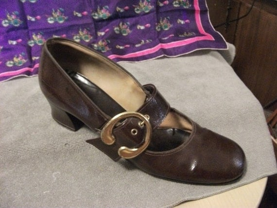 """Vintage Ladies Brown Leather Mary Janes with 2"""" Heel have Adjustable Brass Buckle on Side Size 8 1/2N only 8 USD"""