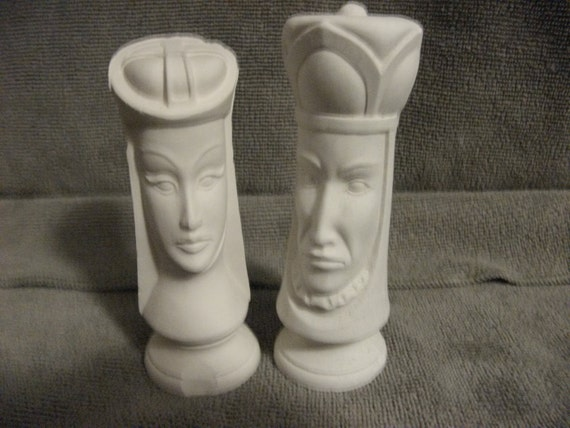 1980s Vintage Duncan Bisque King and Queen You Paint Ceramics Chess Pieces ONLY 5USD