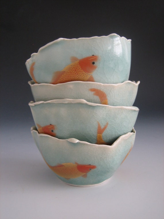 Small bowl with goldfish