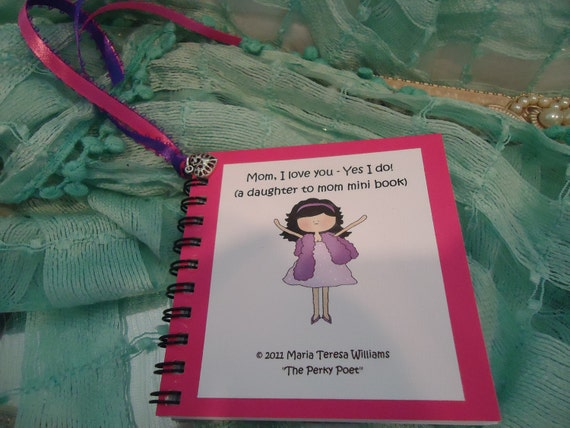 Gift for Mom, Mom Gift, Mother, Daughter to Mom - U Personalize Mini Book