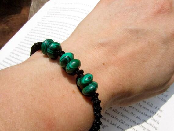 Malachite Macrame Adjustable Bracelet - Stone to PROTECT TRAVELERS
