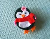 Penguin Girl Felt Hair Clip- Baby Hair Clip- Baby Girl Hair Clip with Gripper Toddler Hair Clip Pink