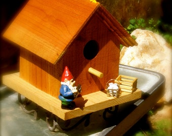 "Title:  ""Fruit and Poultry"" Birdhouse"