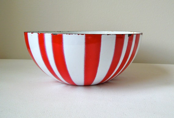 Cathrineholm Red and White Stripe Enamel Bowl