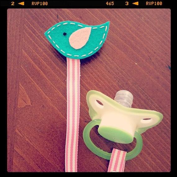 Sale - Turquoise & Pink Bird - Felt Pacifier Clip - Baby Shower Gift
