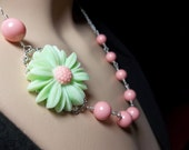 Pearl necklace - Sterling silver wire wrapped - Mint Green Daisy Cabochon - Beautiful jewelry