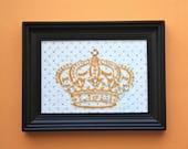 Fantasy Orange Vinyl Crown Frame