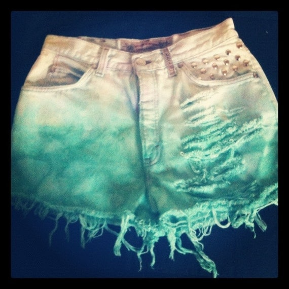 Vintage Studded Ombre Dip Dyed High Waisted Levi shorts