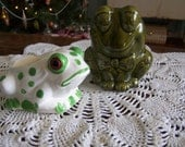 Two retro frogs