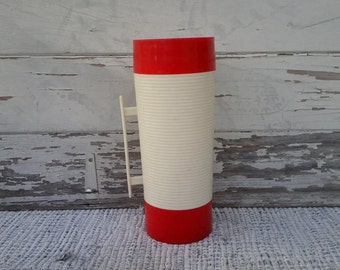 "Retro Red + White ""Hylo"" Aladin Thermos - Time For Tea or Coffee, Vintage Kitchen Decor, Soup Warmer, Warm Beverage Holder, Coffee Thermos"