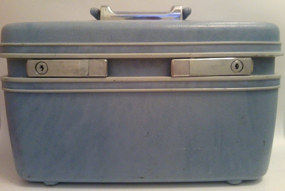 1960's powder blue and chrome Samsonite train case with powder blue satin lining