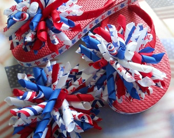 Patriotic/ 4th of July Korker Boutique Flip flops. Includes matching korker hair bow