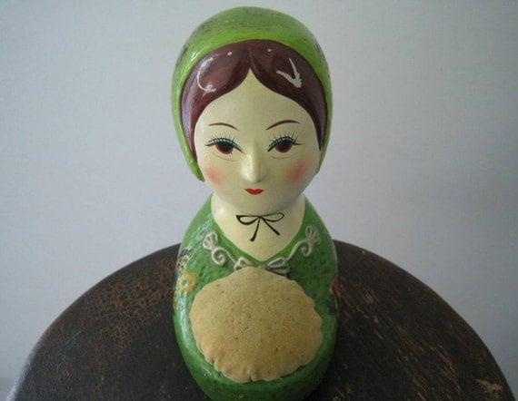 Lady Pincushion Button Bank