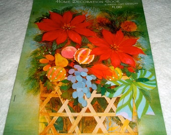 "1970's Hallmark ""Holiday Elegance"" set of 6 Press-Out Designs Booklet"