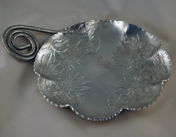 ADDITIONAL 10% OFF...SALE  Vintage Large Hand Forged Aluminum Serving Dish Floral Unique Handle Farber Shelvin
