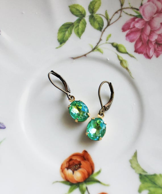 Summer Sparkle Vintage Glass Earrings. Dainty jewelry. Peacock Color. Mother's Day Gift. Bohemian Chic. Fashion. Green  Blue Jewel.