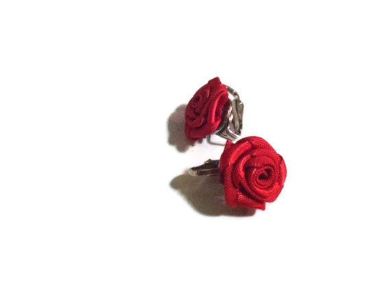 SHOP CLOSING SALE-Rockabilly Vintage Style Petite Red Rose Nickel Free Clip On Earrings